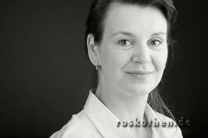 Bewerbungsfotos Trends und Erfolge -Erfolgreiches Bewerbungsfoto von Fotograf Peter Roskothen
