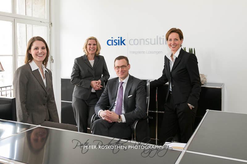 Imagefotos Geschäftsführer und Mitarbeiter im Unternehmen - Businessfotos dürfen keine Stockfotos sein
