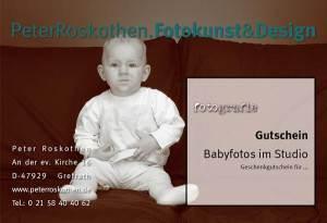 Geschenkgutschein Babyfotos Fotograf Peter Roskothen. Wir fotografieren tolle Fotos von Ihrem Baby in unserem Fotostudio.