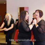 Fotograf Peter Roskothen fotografiert Firmenfotos und Firmenfeiern in Form von Firmenreportagen
