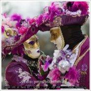 Maskenpaar Begijnhof – Foto des Tages – Peter Roskothen